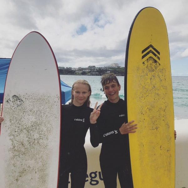 Surf and study students English course from Germany